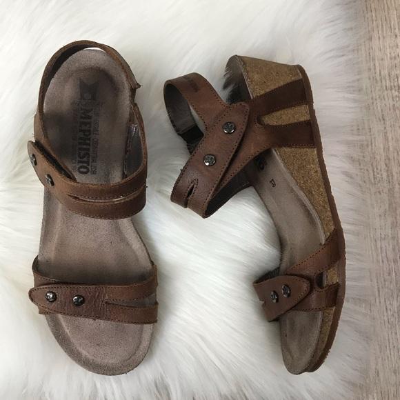 c4f9ee4dc1504 Mephisto Minoa Brown Leather Wedge Sandal Sz. 37